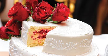 Wedding Cakes & Desserts at Golden Glow Ballroom